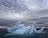 PA-1008-Groenland, Baie de Qaanaaq, iceberg, sculpture éphémére
